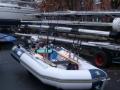 Trollingschlauchboot fertig zur Jagd