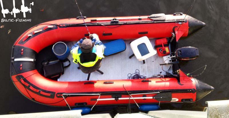 Stuhl im Boot