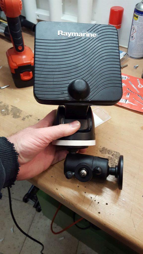Adapterplatte fürs Raymarine